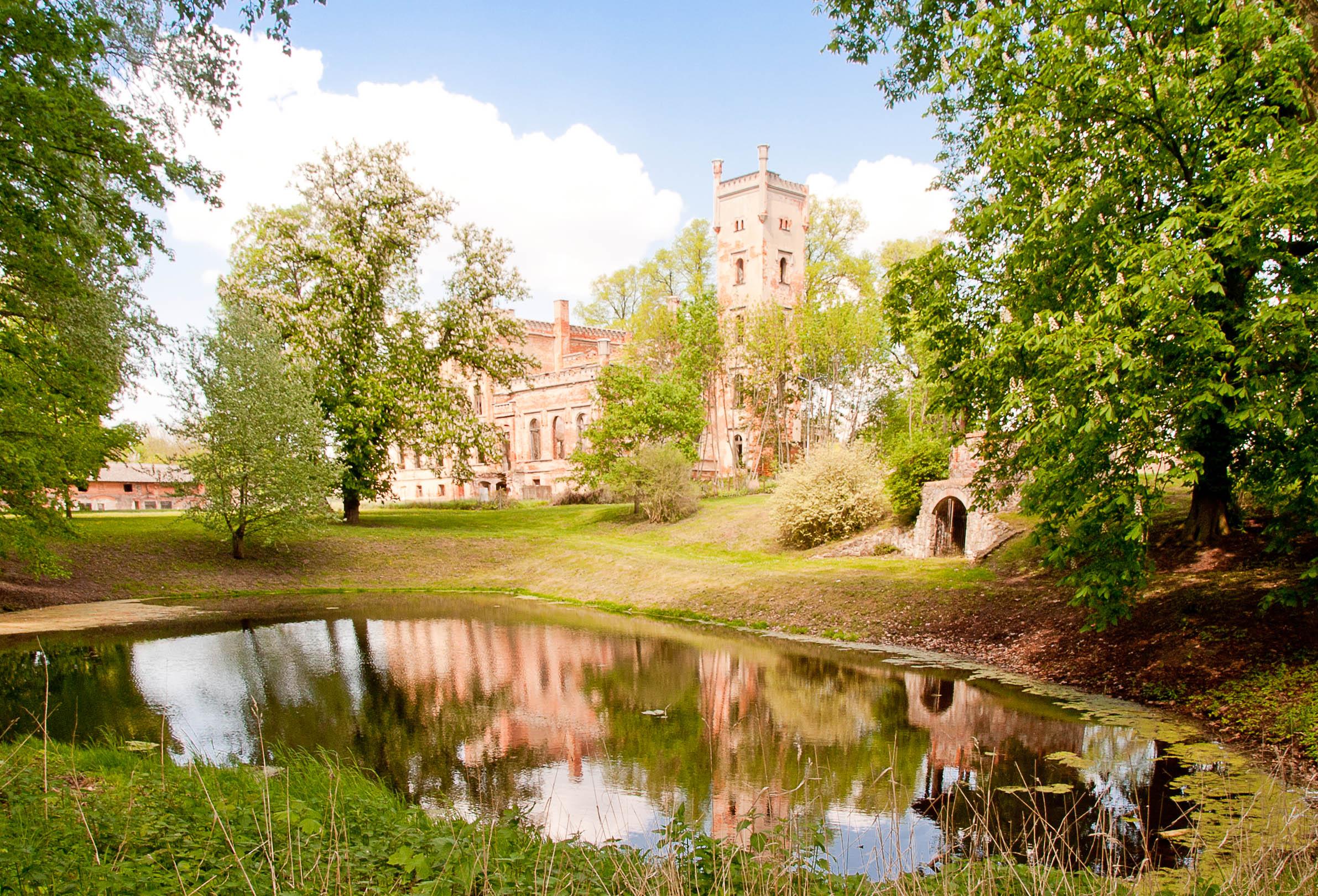 Schlosspark in Hohenlandin (Foto Jens Wiese)